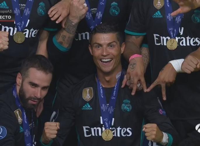 Embedded thumbnail for Cristiano Ronaldo pillanatok a Manchester United ellen - videó