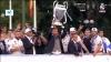 Embedded thumbnail for A Real Madrid játékosai a szurkolókkal a Cibeles téren